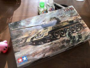 院長にとっては揖保乃糸の冷や麦がうどん。ソ連中戦車 t-34/85 を作成開始。