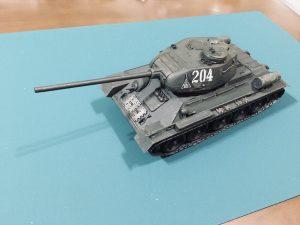 『あつ森』はじめました。そういえばソ連中戦車 t-34/85のプラモデル完成!